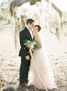 Soft Blush Wedding Inspiration in Savannah   Photos by The Happy Bloom