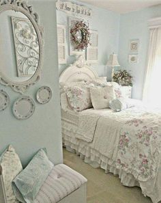 Another nice above the bed idea