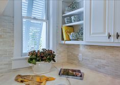 Kitchen Backsplash Neutral a fabulous shimmering glass tile mosaic backsplash in warm