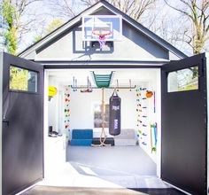 Indoor Playroom, Cool Kids Rooms, Home Gym Design, Garage Design, Gym Room, Playroom Organization, Playroom Design, Toy Rooms, Loft Spaces