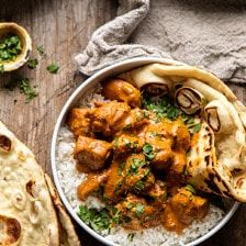 No need for takeout with this Coconut Chicken Tikka Masala.it's healthier, has incredible flavor, and is made with only a few pantry staple ingredients! Tika Massala, Coconut Chicken, Butter Chicken, Chicken Chickpea, Coconut Milk, Indian Food Recipes, Ethnic Recipes, Cooking Recipes, Healthy Recipes
