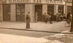 Bar el Pescador en la Puerta de Toledo de Madrid en 1947.
