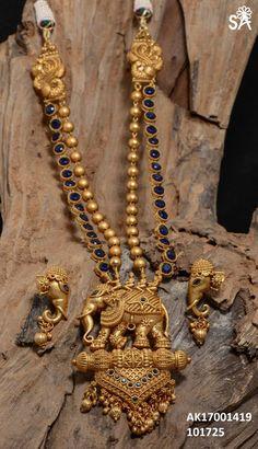New Jewerly Gold Indian Earrings Jewellery Designs Ideas 1 Gram Gold Jewellery, Gold Jewelry, Gold Bangles, Jewellery Shops, India Jewelry, Handmade Jewellery, Jewellery Box, Mommy Jewelry, Quartz Jewelry