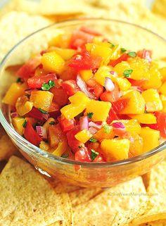 fresh peach salsa shewearsmanyhats.com