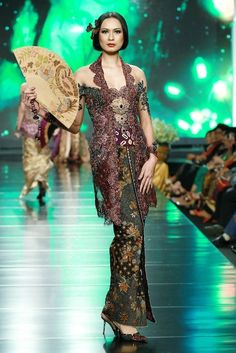 Kebaya Lace, Kebaya Dress, Batik Kebaya, Indonesia Fashion Week, Jakarta Fashion Week, Batik Fashion, Ethnic Fashion, Javanese Wedding, Indonesian Wedding