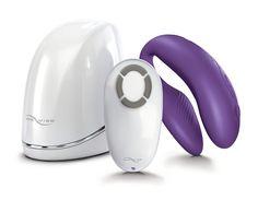 We Vibe bereichert ihr Sexleben! Während des Liebesspiels stimuliert dieses Supertoy nicht nur die Klitoris und den G-Punkt, sondern auch sein bestes Stück.