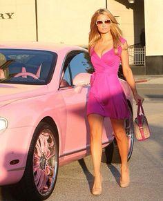 ¡Paris Hilton es una verdadera Barbie girl!