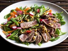 Rindfleischsalat mit Erdnusskernen ist ein Rezept mit frischen Zutaten aus der Kategorie Rind. Probieren Sie dieses und weitere Rezepte von EAT SMARTER!