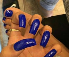 Her finger nails are terribly shaped but I love the color 🙂 Sexy Nails, Hot Nails, Hair And Nails, Perfect Nails, Gorgeous Nails, Pretty Nails, Gel Uv, Nail Games, Creative Nails