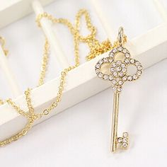 Long Key Crystal Pendant Necklace