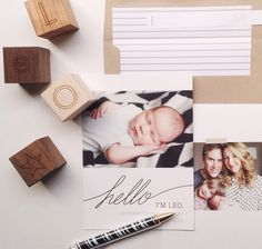 Hello world - Silver foil pressed birth announcement and family photo  Photo by Justbellablog