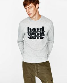 Image 4 of SWEATSHIRT WITH TEXT from Zara