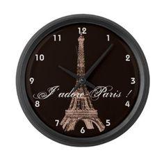 e404b05a00f Amazon.com  Torre Eiffel de Paris Grande Relógio de parede por CafePress -  Black  Casa e Cozinha