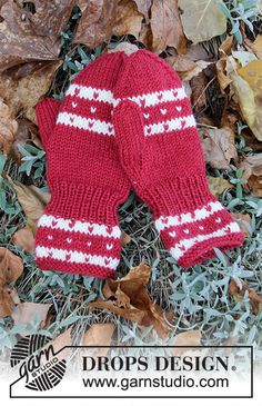Candy Cane Lane Mittens / DROPS Children - Free knitting patterns by DROPS Design Candy Cane Lane Mittens / DROPS Children - Free knitting patterns by DROPS Design Isle stricken Diagramme kostenlose Muster Tropfen Design Crochet Patterns For Beginners, Knitting Patterns Free, Free Knitting, Baby Knitting, Drops Design, Mittens Pattern, Knit Mittens, Drops Karisma, Magazine Drops