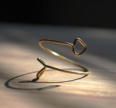 adjustable arrow ring (available in gold, silver, copper and pink wire)(regular ring or midi/knuckle ring)