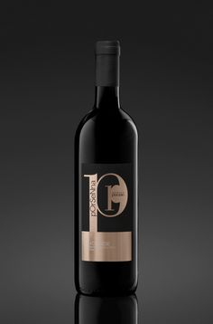 Porsenna is the most representative #organic wine of Pomaio. Natural and #sustainable, #thinkgreen #drinkred
