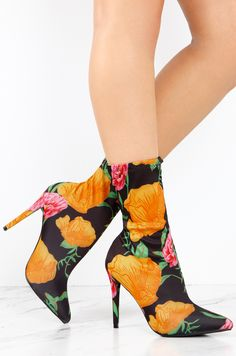 Lola Shoetique - Lasting Impact - Floral, $32.99 (https://www.lolashoetique.com/lasting-impact-floral/)