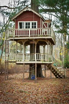 tree house for kids... screw the kids I want this!