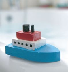 Make your own steamboats. Steam Boats, Boat Kits, Gifts Under 10, Beach Crafts, Inexpensive Gift, Christmas Gifts For Kids, Build Your Own, Usb Flash Drive, Good Things