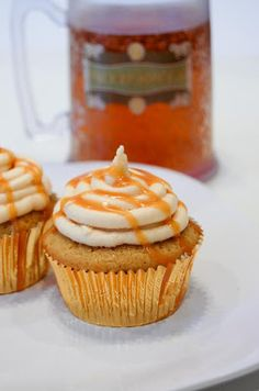 Butterbeer Cupcakes. I have made these they are amazing!!!