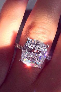 Wedding Rings Simple, Beautiful Wedding Rings, Wedding Rings Solitaire, Beautiful Engagement Rings, Wedding Rings Vintage, Engagement Ring Cuts, Vintage Engagement Rings, Bridal Rings, Solitaire Engagement