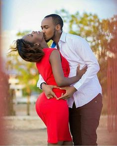 5 Highlights for your Marriage and Relationship – Home of Love and Relationship Ideas Couples African Outfits, Couple Outfits, Couples Assortis, Couple Noir, Black Love Couples, Couple Photography Poses, Family Photography, Photo Couple, Wedding Photoshoot
