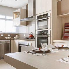 Cozinha clean e linda! Amei @pontodecor  Projeto @rosanapintoarquitetura Snap:  hi.homeidea  http://ift.tt/23aANCi #bloghomeidea #olioliteam #arquitetura #ambiente #archdecor #archdesign #cozinha #kitchen #arquiteturadeinteriores #home #homedecor #pontodecor #lovedecor #homedesign #instadecor #interiordesign #designdecor #decordesign #decoracao #decoration #love #instagood #decoracaodeinteriores #lovedecor #lindo #luxo #architecture #archlovers #inspiration