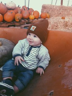My Fall baby Baby Pumpkin Pictures, Baby In Pumpkin, Baby Pictures, Baby Photos, Cute Baby Boy Outfits, Kids Outfits, Future Boy, Sick Baby, Fall Baby