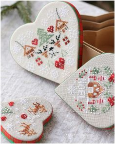 * by dovilej Xmas Cross Stitch, Just Cross Stitch, Cross Stitch Finishing, Cross Stitch Heart, Cross Stitching, Cross Stitch Embroidery, Christmas Hearts, Christmas Cross, Christmas Boxes