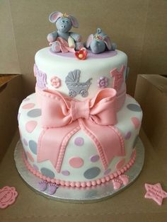 baby shower cakes polka dots stripes | ... little elephants on top. Great idea. Subtle. Appropriate. Lovely cake