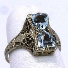 Vintage 14K Aquamarine Filigree Ring