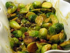 The Healthie Foodie: Honey mustard brussel sprouts with bacon. Thanksgiving side dish perhaps? Vegetable Dishes, Vegetable Recipes, Vegetarian Recipes, Cooking Recipes, Healthy Recipes, Comfort Food, No Cook Meals, Food For Thought, Food Inspiration