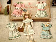 Antique paper dolls from Rothenburg ob der Tauber: Antique Dolls Museum