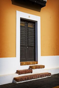40 Images Of Doors From Around The World | EcoSalon | Conscious Culture and Fashion -  Old San Juan, Puerto Rico, USA