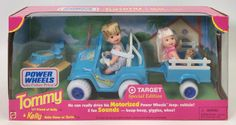 New Barbie Dolls, Vintage Barbie Dolls, Barbie And Ken, 80s Mercedes, Power Wheels Jeep, Childhood Memories 90s, Barbie Family, Barbie Accessories, Baby Sister