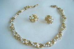 Crown Trifari Pearl Rhinestone Necklace Clip by sanibelsands