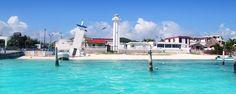 10 razones para conocer Puerto Morelos. Con un mar cuyas aguas pasan de intensos azules a verdes brillantes y playas de fina arena blanca, este pueblo debe ser tu primera parada al conocer el paradisiaco Mar Caribe y todos sus encantos.