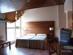 Андорра, Ла Массана   39 600 р. на 8 дней с 09 января 2015  Отель:  Magic La Massana 4*  Подробнее: http://naekvatoremsk.ru/tours/andorra-la-massana-0