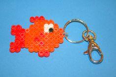 """Porte clés ou bijou de sac """" poisson rouge """" en perles hama : Porte clés par miss-v3l"""