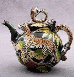 Leopard Teapot :: Ardmore