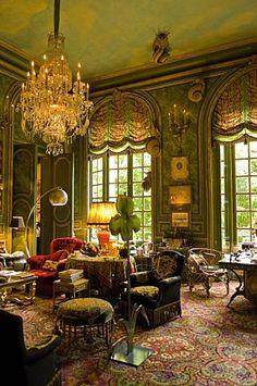 LIVINGROOM The Ornano Family's flat in Paris