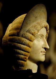 Julia Domna - profile, head of Roman statue (marble), 2nd-3rd century AD, (Kunsthistorisches Museum, Vienna).