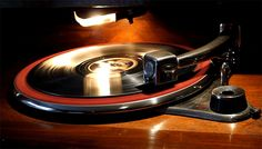 1939 Dual vintage record player - Vinyl gif animations, record ...
