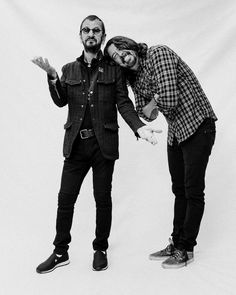 Ringo Starr and Dave Grohl Interview: Beatles, Nirvana, Drumming – Rolling Stone Music Musicians on Musicians: Ringo Starr & Dave Grohl John Lennon Death, John Lennon Beatles, The Beatles, Beatles Guitar, Music Guitar, Music Pics, My Music, Indie Music, Jack Douglas