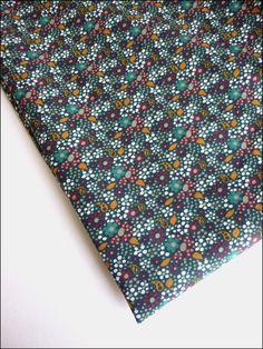 Coupon 120 x 145 cm tissu voile de coton motifs fleurs style liberty : Tissus Habillement, Déco par atomictissus