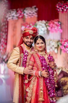 Indian wedding weddings in 2019 Indian Wedding Pictures, Indian Wedding Poses, Indian Bridal Photos, Wedding Couple Photos, Indian Wedding Outfits, Desi Wedding, Indian Wedding Couple Photography, Bride Photography, Couple Photography Poses