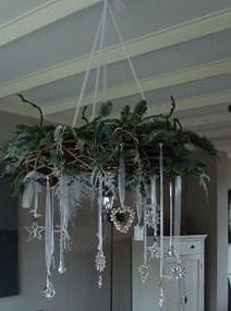 chic decor Top 18 Shabby Chic Christmas Decor Ideas – Cheap & Easy Interior Party Design Project - Way To Be Happy Noel Christmas, All Things Christmas, Winter Christmas, Christmas Wreaths, Christmas Crafts, Cheap Christmas, Christmas Villages, Victorian Christmas, Christmas Ornaments