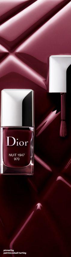 Bordeaux nails