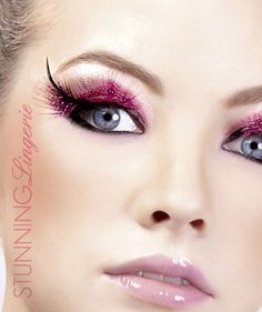Alluring Cat eye Pink Feather Eye Lashes | Fake #lashes Feather Eyelashes, Fake Lashes, Makeup Tips, Beauty Makeup, Pink Feathers, Face Art, Make Up, Stylists, Cat Eye