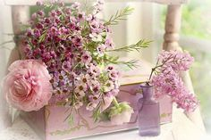 Beautiful floral, love the soft pinks. My Flower, Flower Power, Arte Floral, Everything Pink, Pretty Pastel, Pink Love, Spring Flowers, Pretty Little, Favorite Color